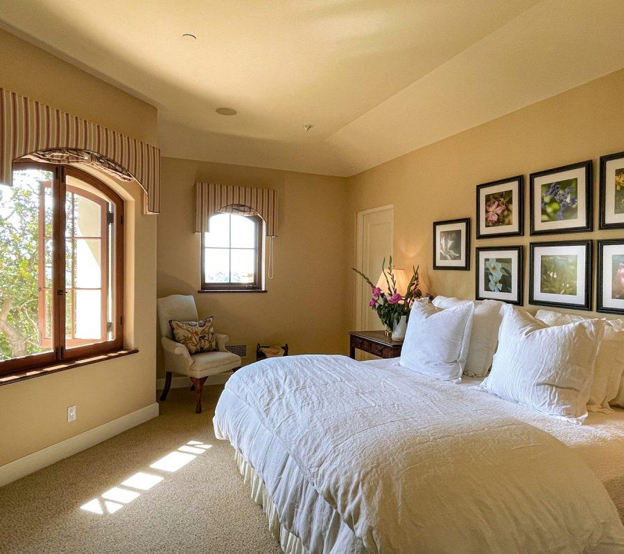 Bedroom 1 w: Views